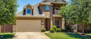 Maintaining The Outdoor Housing Space With Driveways