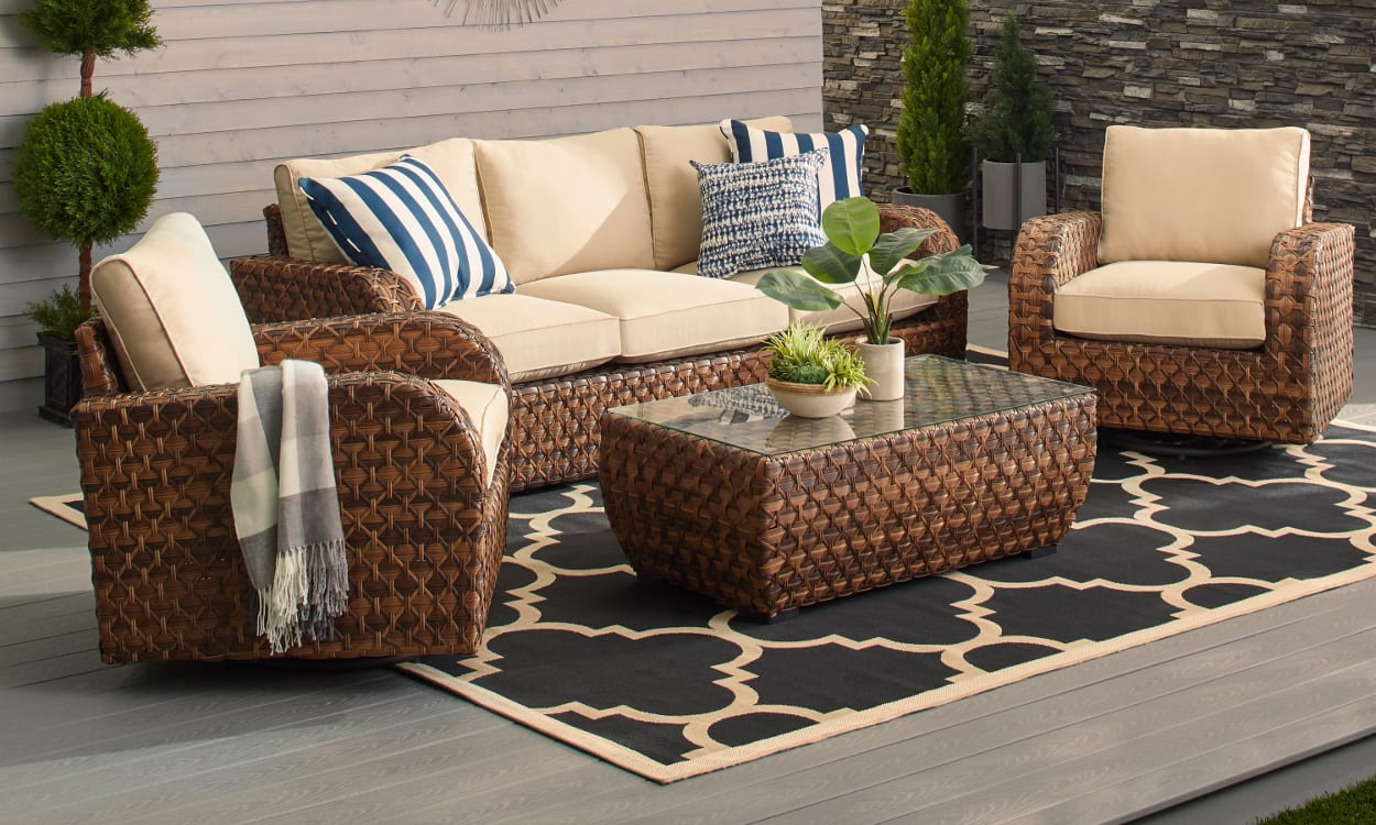Improve the value of home using outdoor sectionals