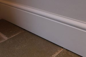Understand the benefits of skirting boards installation